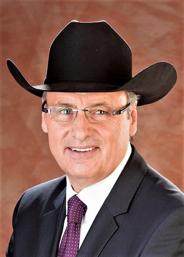 Dr David Chalack