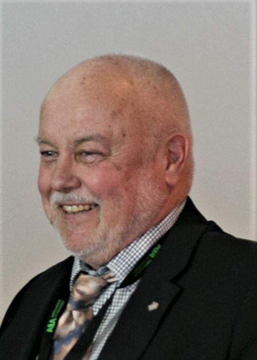 Len Knapik